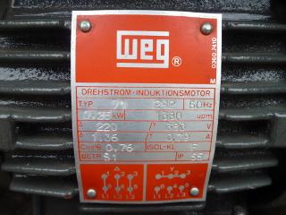 PLAQUE-SIGNALETIQUE-MOTEUR-WEG-01